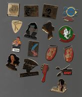 PIN'S METIERS COIFFURE.COIFFEURS.COIFFEUSES.SALON DE COIFFURE...BT10 - Badges