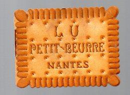 Nantes (44 Loire Atlantique) Calendrier 1946 LU Petit Beurre En Découpe  (PPP17438) - Kalenders