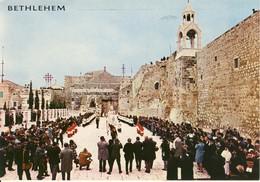 Bethleem Au Jour De Noël Procession Près De L'Eglise De La Nativité  Cpsm Format 10-15 - Israel