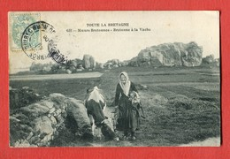 CPA 29 TOUTE LA BRETAGNE (finistère) - N°651 Moeurs Bretonnes - Bretonne à La Vache - France