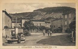 Luc En Diois Place De L' Hotel De Ville Auto Pub Byrrh - Luc-en-Diois