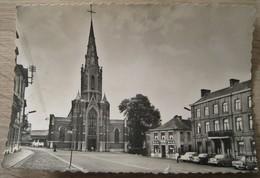 Lodelinsart L'Eglise Et La Place - Charleroi