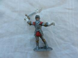 Soldat Miniature Médiéval En Plastique Souple - Militares
