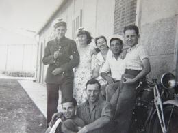 En Famille Avec Casquettes De L'Armée De L'Air En 1939. - Guerre, Militaire