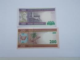 LOT DE 2 BILLETS NEUFS DE 100 ET 200 OUGUIYA - Mauritanie