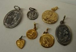JL. 93. Lot De 7 Médailles Religieuses - Religion &  Esoterik