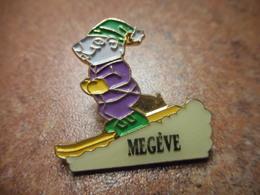 A027 -- Pin's Megeve -- Exclusif Sur Delcampe - Villes