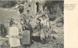 CRETE FAMILLE PAYSANNE CRETOISE FAISANT DU FIL DE COTON A TRICOTER - Greece