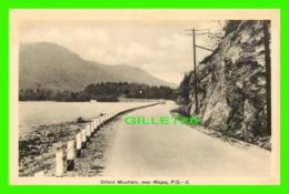 MAGOG, QUÉBEC - ORFARD MOUNTAIN - ANIMATED OLD CAR - PECO - - Quebec