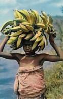 Afrique Africa  Petite Marchande De Bananes Young Banana Seller - Afrique