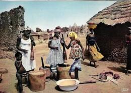 Afrique Africa Préparation Du Repas Preparing The Meal - Afrique