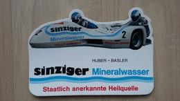 Aufkeber Mit Werbung Für Eine Mineralwasser (SINZIGER) Mit Darstellung Eines Motorrades - Aufkleber