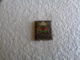 PIN'S 31945 - Pin's