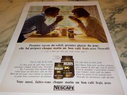 ANCIENNE PUBLICITE PREMIER RAYON DE SOLEIL PREMIER PLAISIR  NESCAFE   1965 - Advertising