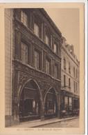 CP , 80 , AMIENS , La Maison Du Sagitaire - Amiens