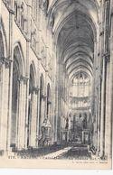 CP , 80 , AMIENS , Cathédrale , La Grande Nef - Amiens