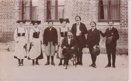 19 / 2 / 362  -   CARTE  PHOTO  AVEC. PERSONNAGES - Genealogy