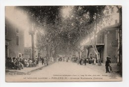 - CPA PIOLENC (84) - Avenue Nationale 1915 (Centre) - Edition P. Badon - - Piolenc