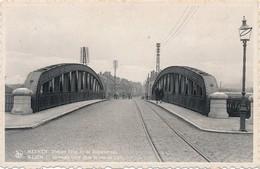 CPA - Belgique - Meenen - Menin - Nouveau Pont Dans La Rue De Lille - Menen