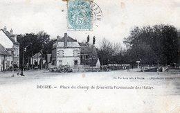 58 -DECIZE -  Place Du Champ De Foire Et La Promenade Des Halles - Decize