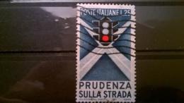 FRANCOBOLLI STAMPS ITALIA ITALY 1957 USED PRUDENZA STRADALE SASSONE 815 - 1946-60: Usati