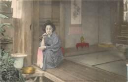 Japon - Geisha - O Hana-San At Her Morning Toilet - Japon