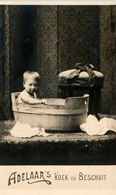 Early Advertisement Card, Weekly Bath, Real Photo, Adelaar's Koek - Reclame