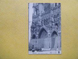 AMIENS. La Guerre De 1914-1915. La Cathédrale Protégée. - Amiens