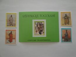 1988 Togo Yv 1242/5 +BF 273 ** MNH  Costumes Traditionnels  Cote 12.50 € Michel 22071/4 + B 306 Scott 1473/7 - Togo (1960-...)