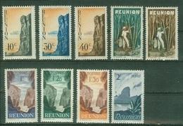FRANCE COLONIES - Réunion  Poste YT N° 262 263 267 269 270 271 Neufs ** 264 265 268 Neuf* - Réunion (1852-1975)