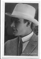Rodolfo Valentino - Attore. - Artisti