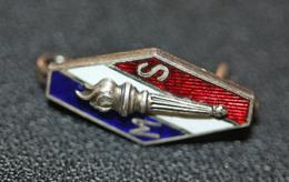 """WWII Insigne De Boutonnière """"Insigne Des Membres Actifs Du Mouvement Social Français, Branche Des Croix De Feu"""" WW2 - 1939-45"""
