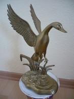 Ente Im Abflug Aus Messing  (749) - Skulpturen