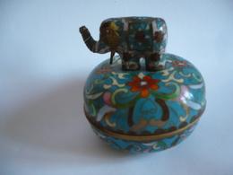 Spieldose Aus Messing Mit Elefant - Bunt Emaliert - Artleigh-Elliot No.73361   (756) - Asiatische Kunst