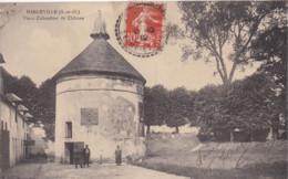 HARGEVILLE (78) - Vieux COLOMBIER Du Château - Animée - 1912 - Bâtiments & Architecture
