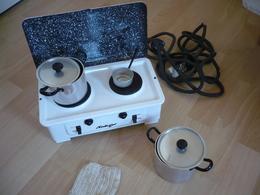"""Puppen-Küchenherd (elektrisch) Mit 3 Töpfen In Org. Versandkarton - Von """"Heiliger  (758) - Antikspielzeug"""