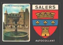 Salers - Autocollant - La Maison Du Bailliage - La Fontaine - Place Tyssandier D'Escous - 2 Autocollants - Francia