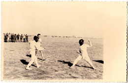 ESCRIME En ROUMANIE / FENCING In ROMANIA - 1943 : PIPERA - SERBAREA ANEF  - CARTE VRAIE PHOTO / REAL PHOTO - RRR (aa585) - Escrime