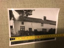 PHOTO N/B LIEGE VIEILLES MAISONS RUE FOND DES TAWES 1963 - Vieux Papiers