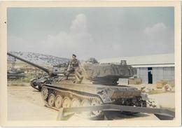 PHOTO ANCIENNE COLORISEE / CHAR DE COMBAT FRANCAIS A IDENTIFIER / MILITAIRE / SOLDAT - Guerre, Militaire