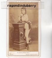 PHOTO CDV - FEMME ARTISTE DANSEUSE PROBBLT Un Peu EROTIQUE Par Le Gd Photo REULTLINGER à MONTMARTRE -  1880 1900 Env - Photos