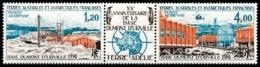 TAAF 1976 - Yv. PA 43A ** TB  Cote= 31,00 EUR - Tryptique Base Dumont D'Urville  ..Réf.TAF21012 - Poste Aérienne