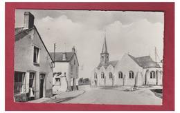 FRANCE -- LOIRET --AMILLY --LA PLACE ET L'EGLISE -- CP 1961-- - Amilly