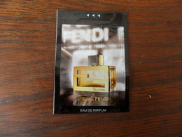 C.PF /  POCHETTE /  FENDI - Cartes Parfumées