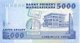 MADAGASCAR P. 73a 5000 F 1988 UNC - Madagascar