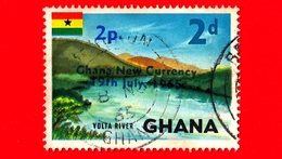 GHANA - Usato - 1965 - Simboli Del Paese - Volta River - Sovrastampato 2d Su 2p - Ghana (1957-...)