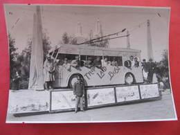 Photo CASSUTO à CASABLANCA - CARNAVAL 1932 - ALGERIE - Années 30 - Format : 18 X 12 Cm - Lieux