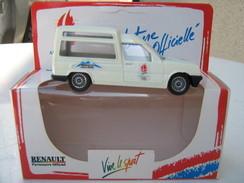 Voiture Logitoys- Renault EXpress -  Voiture Officielle Albertville 92  -  Avec Boite - Cars & 4-wheels