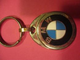 Automobile/BMW /Espace Berteaux/ VERNOUILLET/ 28 /Métallique/Bronze Chromé/Vers 1970-1980    POC429 - Llaveros