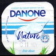 """Opercule Cover Yaourt Yogurt """" Danone """" Nature Au Lait Algérien With Algerian Milk Yoghourt Yahourt Yogourt - Opercules De Lait"""